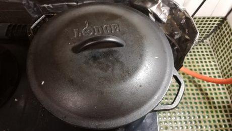 ロッジの10インチダッチオーブン